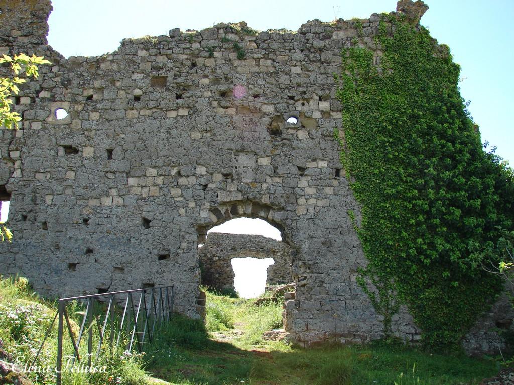 Trevignano Romano, rocca, lato nord-ovest.