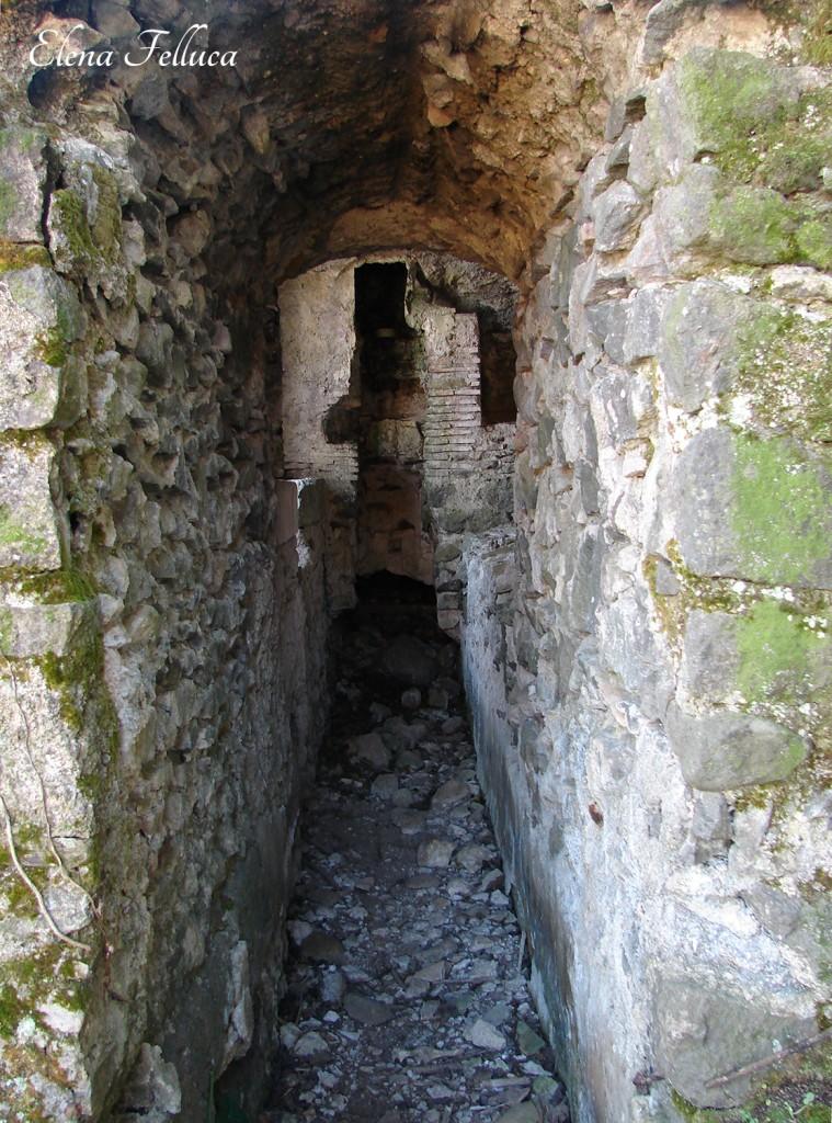 Acquedotto Odescalchi, interno condotto, via della catena, sesta ferriera.