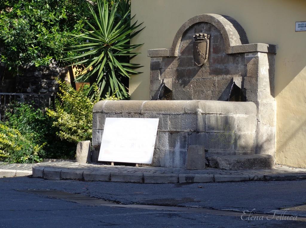 Trevignano Romano, fontanile presso via S. Filippo.