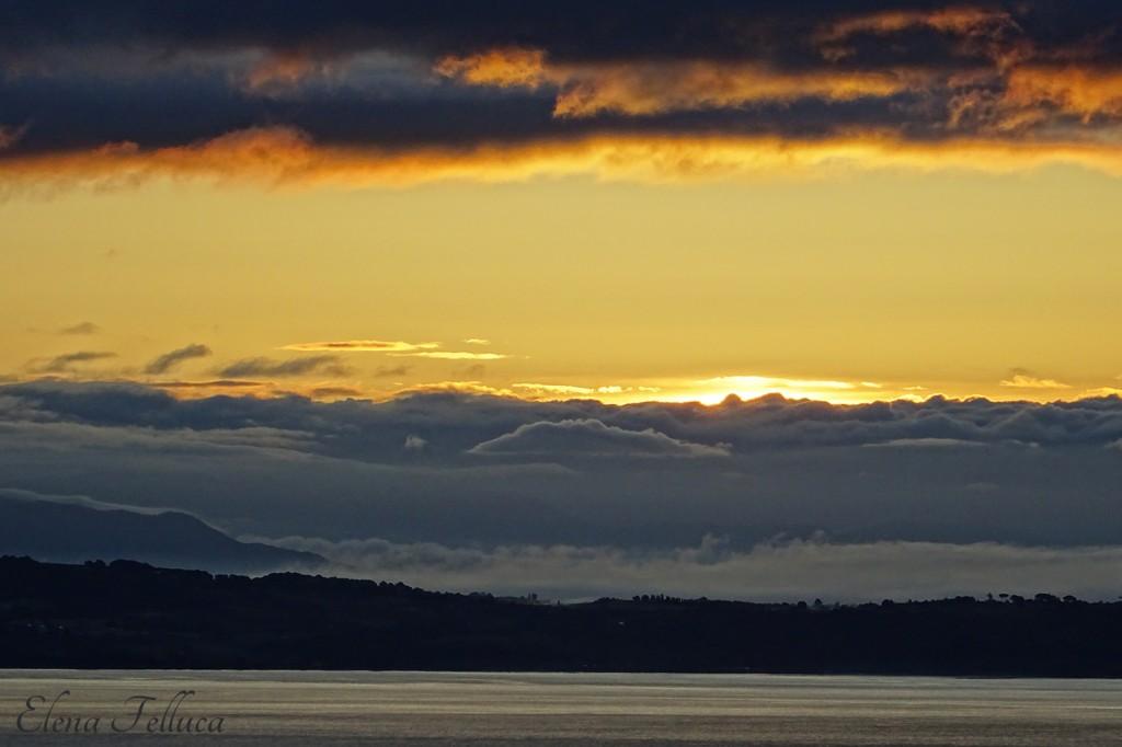 Lago Sabatino, veduta da Bracciano. Maggio 2021.